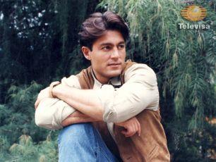 Fernando Colunga jako José Armando Peňareal