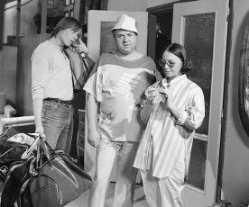 Šaty až na zem (1986) [TV inscenace]