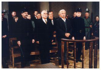 Stavovské rozdíly (2003) [TV film]