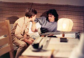 Sehnat noční košili (1987) [TV epizoda]