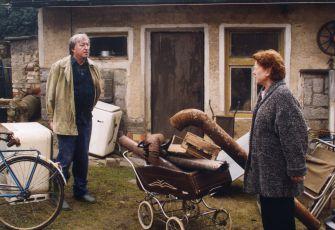 Na psí knížku (2002) [TV film]