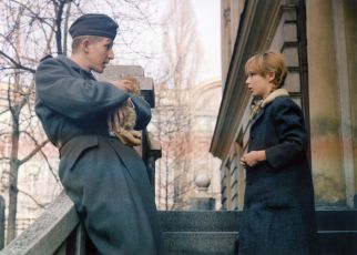 Válka si nevybírá (1985) [TV epizoda]