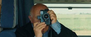 Deník francouzského reportéra (2012)