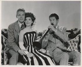 Belle of the Yukon (1944)