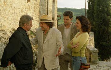 Ve stínu slunce (2005)