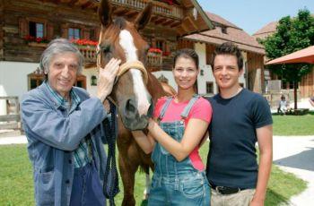 Ein Paradies für Pferde (2007) [TV film]