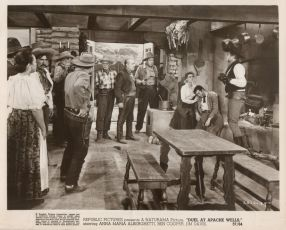 Duel at Apache Wells (1957)