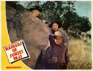 Raiders of Sunset Pass (1943)