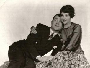 The Golden Calf (1930)