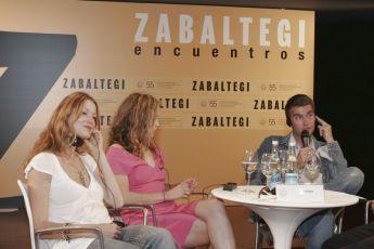 Esther Schweins,  Valerie Koch,  Felix Randau