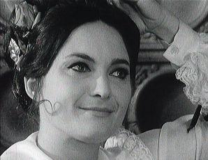 Uprostřed babího léta ve stepi zahoukal vlak (1972) [TV inscenace]