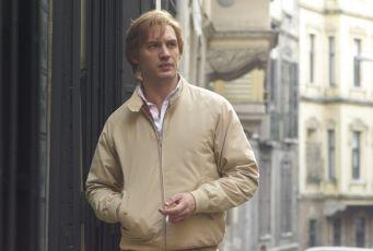 Jeden musí z kola ven (2011)