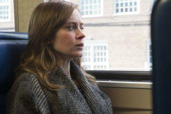 Dívka ve vlaku (2016)