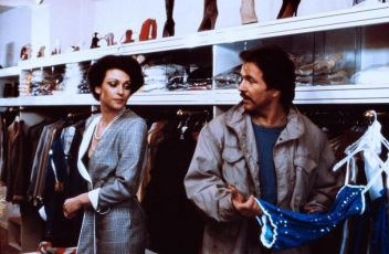 Místo činu: Schimanski - Přeběhlík (1981) [TV epizoda]