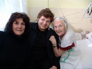 S. Oktábcová,  Marie Formáčková a  Zita Kabátová