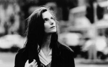 Před deštěm (1993)