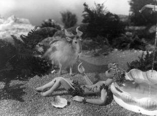 Sen noci svatojanské (1958)