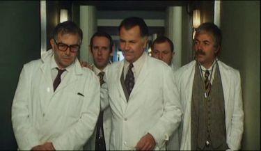 Skalpel v rukou bílé mafie (1973)