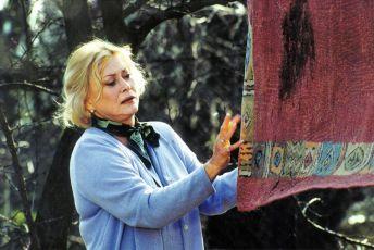Pod hladinou (2001) [TV film]