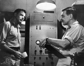 Pluj tiše, pluj hluboko (1958)