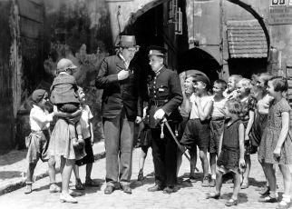 Dům na předměstí (1933)