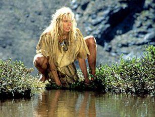 Ayla z kmene medvědů (1986)