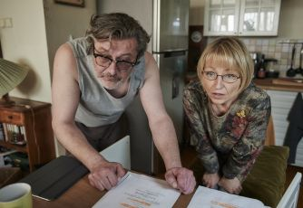 Scenárista Robert Geisler v roli manžela paní učitelky