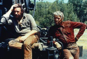 700 mil v sedle (1975)