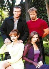 Vetřelkyně (2001) [TV seriál]