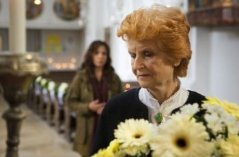 Rozmarné jaro: Ženská k pohledání (2011) [TV film]