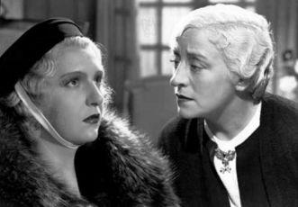 Její první ples (1937)