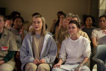 Holky za mřížemi (2013) [TV seriál]