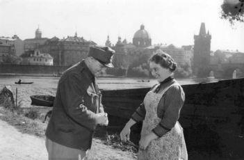 Dobrý voják Švejk (1956)
