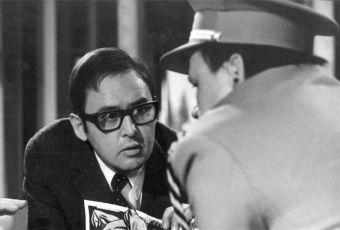 Čtyři vraždy stačí, drahoušku! (1970)