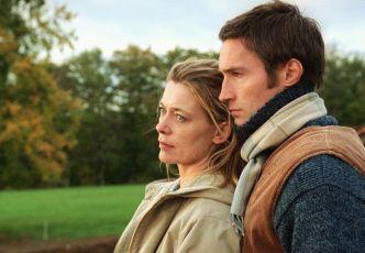 Sehnsucht nach Liebe (2004) [TV film]