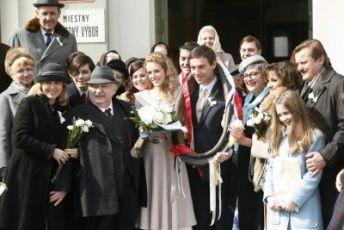 Marta Sládečková Marián Labuda Andrea Kerestešová Roman Vojtek Nina Divíšková Svatopluk Skopal
