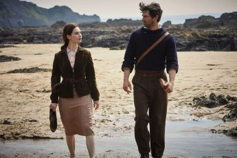 The Guernsey Literary and Potato Peel Pie Society (2018)