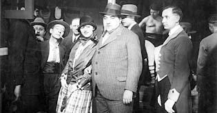 Po pachateli ani stopy (1928)