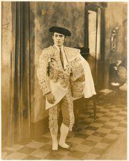 Krev a písek (1922)