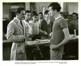 Město za řekou (1949)