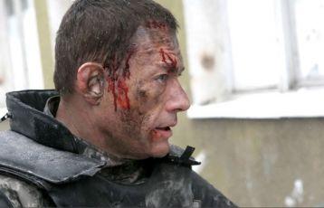 Univerzální voják: Znovuzrození (2009)