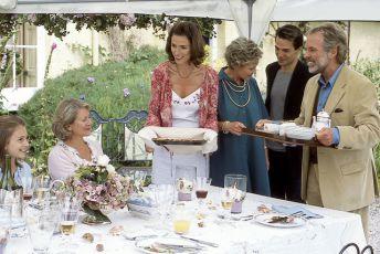 Pírka ve větru (2003) [TV film]