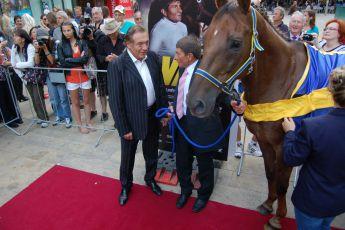 5.9.2012 premiéra filmu Váňa -  Karel Gott ,Josef Váňa (2) a Decent Fellow