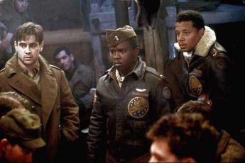 Poručík Thomas W. Hart (Colin Farrell)
