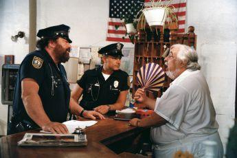 Superpolicajti z Miami (1985)