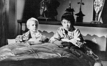 Tony hledá Tokio (1957)