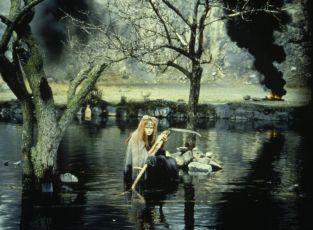 Perinbaba (1985)
