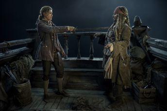 Piráti z Karibiku: Salazarova pomsta (2017) [DCP]