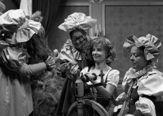 Tři přadleny (1967) [TV inscenace]