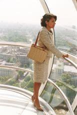 Dotyk růžové (2004)
